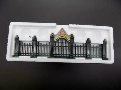 £14.45 • Buy Dept 56 Christmas In The City Series  Wrought Iron Gate & Fence  55140 '98 EUC