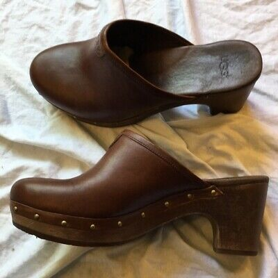 £26.20 • Buy Ugg Womens Brown Leather Mules Clogs Slip On Shoes SZ *