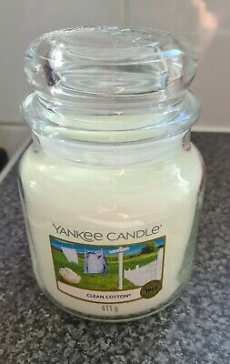 £5 • Buy Yankee Candle Jar Clean Cotton 411g