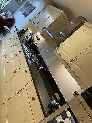 £500 • Buy Full Kitchen With Appliances