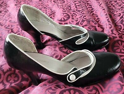 £1 • Buy Emilio Luca Black With White Piping Court Shoes Size 7.5 Used