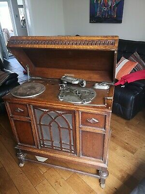 £100 • Buy  Vintage Wind Up Gramophone With 95 Records 78s