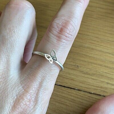 £3 • Buy Sterling Silver Stacking Spinning Butterfly Ring Size M