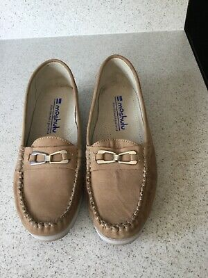 £10 • Buy Moshulu Suede Shoes Size 42