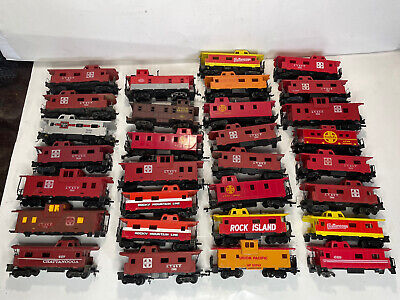 $ CDN0.01 • Buy Bachmann Tyco Athearn Lionel Ho Scale Model Trains Train Caboose Lot For Parts