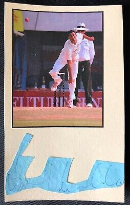 AU2.95 • Buy India Cricket Legend Anil Kumble Signed Mounted On A Card