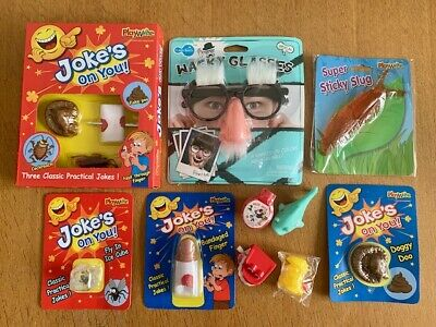 £16.99 • Buy Jokes & Pranks Pass The Parcel Party Game - 10 Layers - Prize In Every Layer!