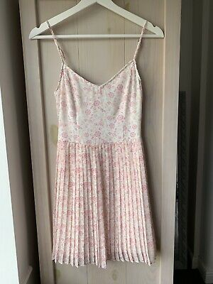 £4.50 • Buy New Hollister Pink Floral Dress - Strappy With Pleated Skirt - XS