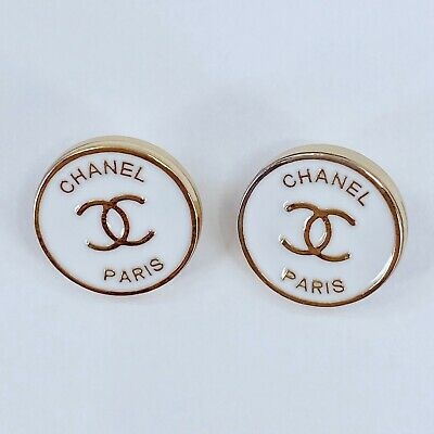 £14.51 • Buy One Pair Authentic CHANEL Buttons, Classic Gold Metal 14mm Designer Art Buttons