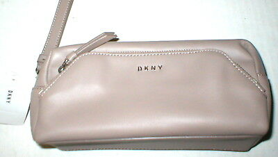 £48.67 • Buy NWT New Womens $150 DKNY Tan Pouch Bag Wrist Strap Logo Leather Taupe 3 Pockets