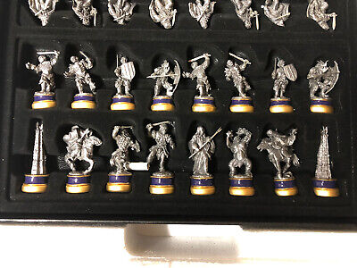 £425 • Buy BNIB Noble Lord Of The Rings Collectors Chess Set With ROTK & TTT Expansion