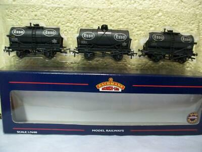 £17.64 • Buy 14t Tank Wagon 'ESSO' Weathered Set Of 3 Bachmann No 37-666A '00' Boxed/Unused