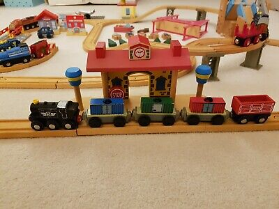 £5 • Buy Wooden Toy Train Set Early Learning Centre Kidkraft - Used/Excellent