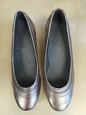 £22.99 • Buy M&s Footglove Pewter Slip On Leather Shoes, Size 7 Wide