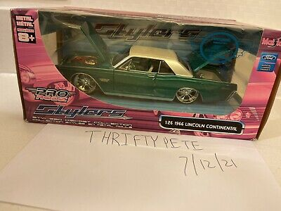 $24.99 • Buy Maisto 1966 Ford Lincoln Continental Diecast Car 1/26th Scale Pro Rodz Stylers