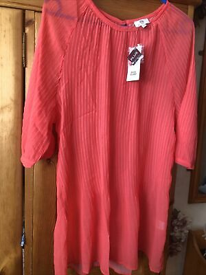 £5.99 • Buy Ladies TOP , Size 20 By River Island Plus. BNWT  Coral  PLEATED DESIGN