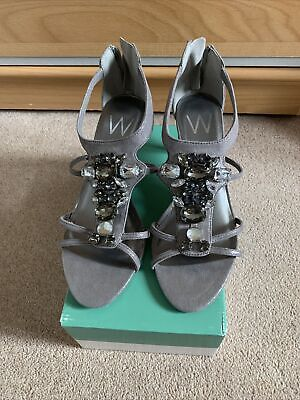 £6 • Buy Ladies Shoes Size 6 By Wallis