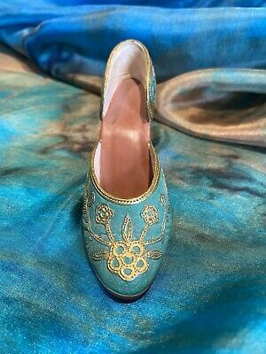 £2.75 • Buy Just The Right Shoe - Green/Gold  Carved Heel  - Item 25096 - Boxed