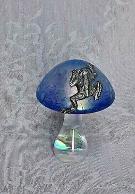 £15 • Buy Heron Glass Blue 7 Cm Mushroom With Climbing Frog - Gift Box - Hand Crafted