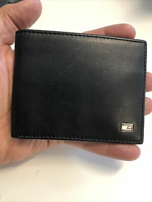£9 • Buy Tommy Hilfiger Small Embossed Bifold Mens Leather Wallet