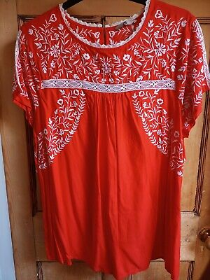 £8 • Buy Tu Bright Red Embroidered Summer Top Size 22