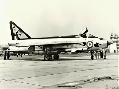 £4 • Buy Superb 10 X 8 Photograph Of An English Electric Lightning  That Crashed In 1967