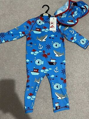 £10 • Buy BNWT. Boys Swim All In One Age 5-6. With Hat. Rrp £20