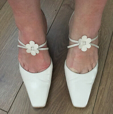£7.99 • Buy Roland Cartier Cream /Ivory Leather Sandals Size 5 1/2