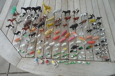 £4.95 • Buy Assorted Joblot Of Over 120 Plastic Toy Horses, Farm Animals And Zoo Animals.