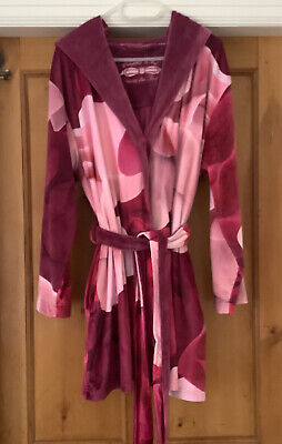 £16.99 • Buy TED BAKER 12/14 Short Pink Velour Robe Dressing Gown Hood Pockets Iconic Fabric