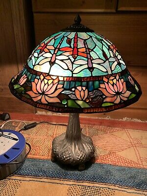 £45 • Buy Tiffany Style Dragonfly & Lotus Flower Table Lamp
