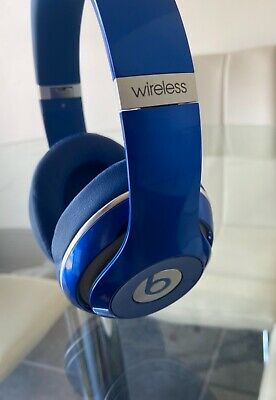 £35 • Buy Dre Beats Studio Wireless. Blue. Bluetooth. Includes Case, Charger, Usb & Jack.
