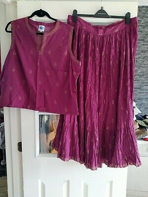£10 • Buy Penny Plain Size 20 Top And Skirt Set