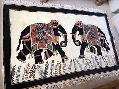 £30 • Buy Indian Silk Elephant Rug 73x47 Collect Only