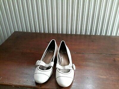 £3 • Buy Per Una Stone Colour Mary Jane Style Leather Shoes Size 3 BNWT