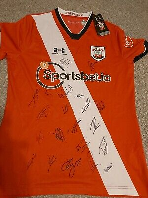 £99.99 • Buy Southampton Shirt 2020/2021 Squad Signed By 22 Players  Ward Prowse Armstrong