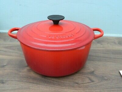 £10 • Buy Le Creuset  Cast Iron  Casserole Dish And Lid In Red  Size 24