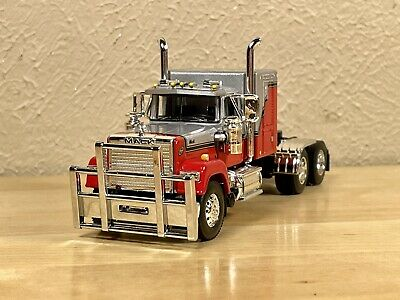 AU93.47 • Buy Dcp 1/64 Mack Superliner 60  Flattop Sleeper Farm Toy Tractor Only