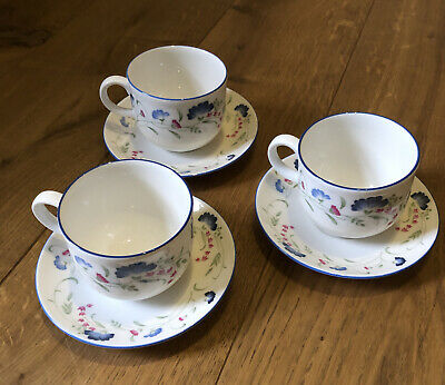 £10 • Buy Royal Doulton Expressions Windermere Tea Cup And Saucer X 3, English China