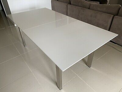 AU100 • Buy Extendable Dining Table Used
