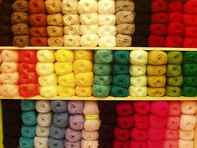 Robin Double Knitting  Dk Wool/yarn Assorted Colours 100 Gram Ball • 1.75£