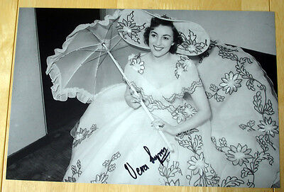 £49.99 • Buy Vera Lynn Hand Signed Autograph 12x8 Photo Wwii Forces Sweetheart