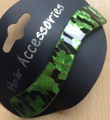 A Black And Green Wave Design Barrette Hair Clip • 4.29£