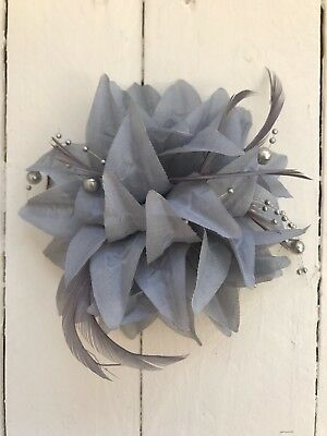 Grey Silver Pearl Feather Fascinator Hair Clip Pin Ladies Day Race Party Wedding • 9.99£