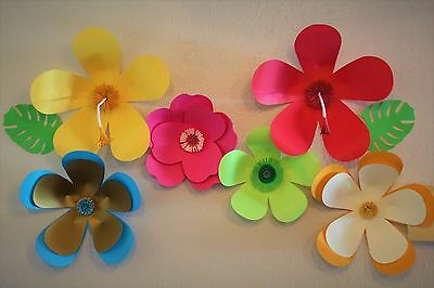 Luau Paper Flowers Backdrop Party Decoration Event Card Stock Handmade  • 30.62£