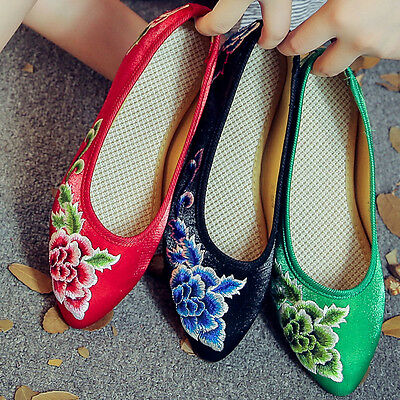 Chinese Style Womens Embroidered Flat Shoes Retro Pointed Toe Low Heel Shoes • 14.15£