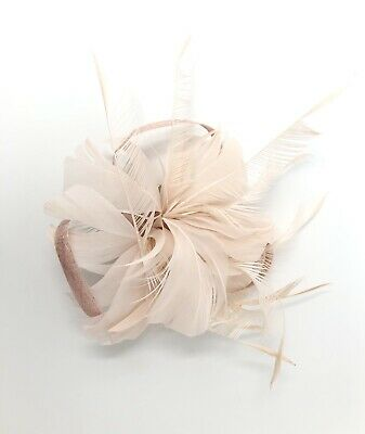 Nude / Bare Pink Feather Fascinator Hair Clip Ladies Day Races Party Wedding • 17.99£
