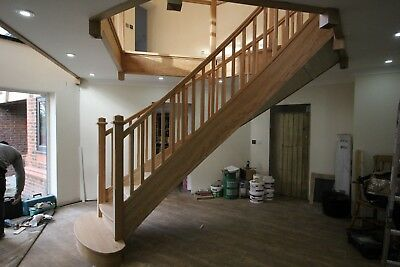 £600 • Buy Bespoke Oak Staircase Design Service , Made To Measure.