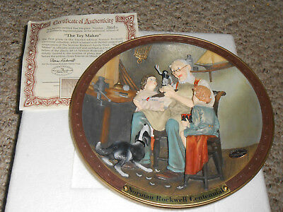 $ CDN19.49 • Buy 92 & 93 Norman Rockwell 3D Collector Plates  The Toy Maker  & Santa's Workshop