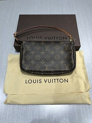 eca4d715ef9c NIB Louis Vuitton Monogram Canvas Pochette Accessoires Clutch • 550.00